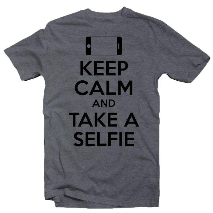 Keep Calm And Take a Selfie Ajándék Póló